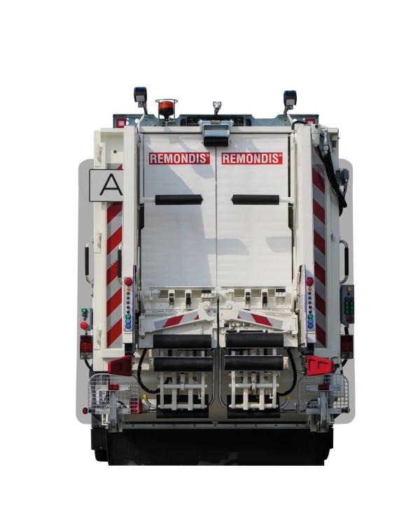 Mini-XL-02_LowRes-600x755