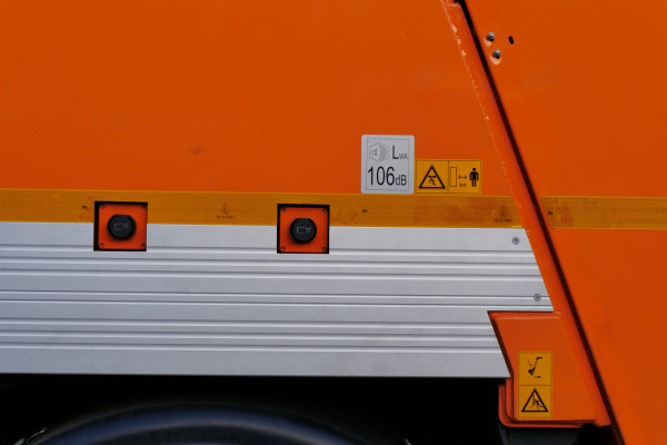 Sonderfahrzeug-MINI-XL-Glasfahrzeug-07_LowRes-600x400