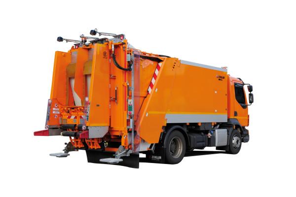 Sonderfahrzeug-MINI-XL-Glasfahrzeug_03_LowRes_H-600x400