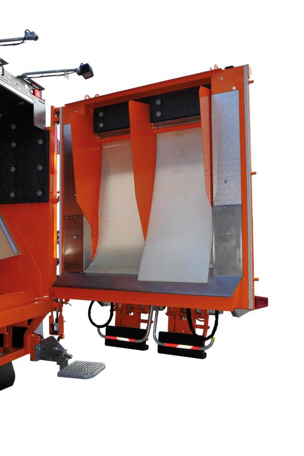 Sonderfahrzeug-MINI-XL-Glasfahrzeug_06_LowRes-600x900