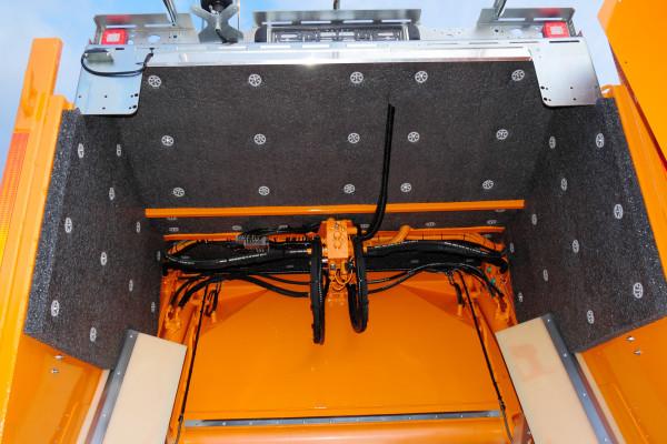 Sonderfahrzeug-MINI-XL-Glasfahrzeug_08_LowRes-600x400
